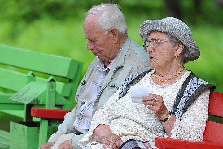 Представительницы прекрасного пола в Швеции живут почти на четыре года дольше мужчин.