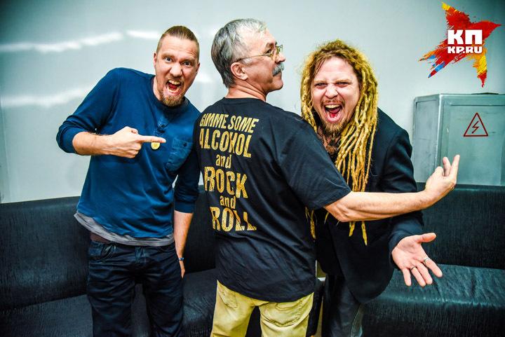 Свое жизненное кредо горячие финские парни Туомас Раунакари и Йонне Ярвеля не скрывают: алкоголь и рок-н-ролл!