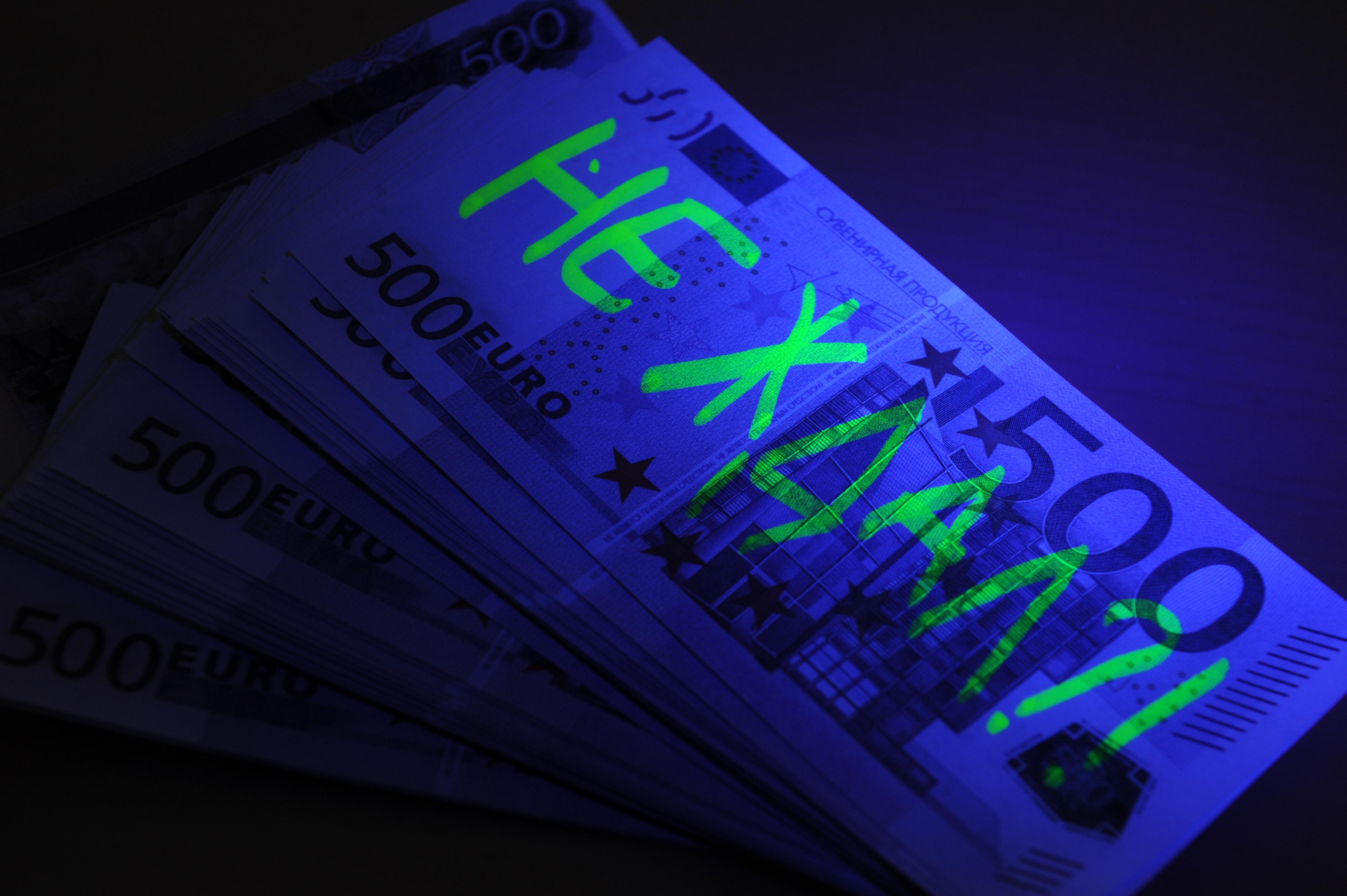 Старшего следователя СКР поособо важным делам арестовали завзятку в $50 000