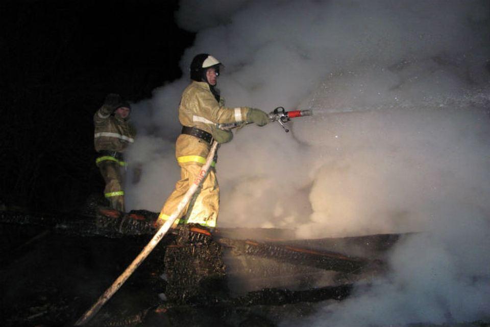 Зал для торжеств сгорел наЛанском шоссе перед новогодними корпоративами