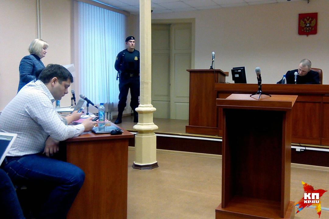 Защита Навального сообщила всуде по«делу Кировлеса» отвод гособвинению