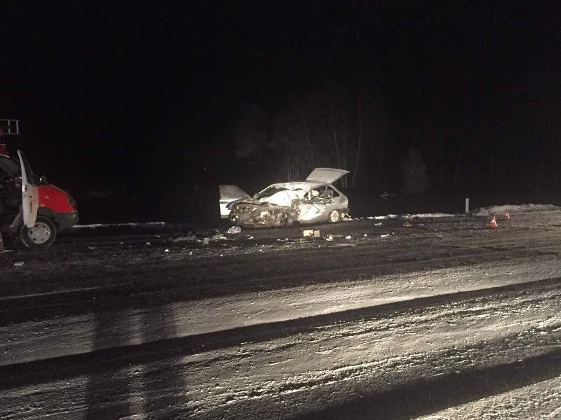 ВАЗ протаранил фургон натрассе вКрасноармейском районе, есть жертвы
