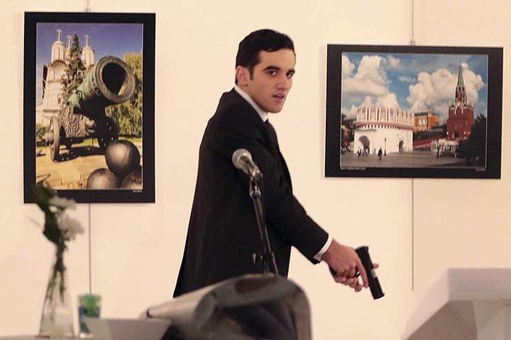 Фотография, запечатлевшая убийство российского посла Карлова в Турции, победила в конкурсе World Press Photo - Цензор.НЕТ 2724