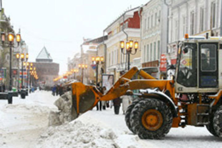 Неменее 10 тыс. кубометров снега вывезли сулиц Нижнего Новгорода
