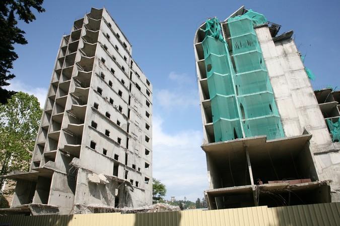 ВКраснодаре умер рабочий, упавший с17-го этажа строящегося дома