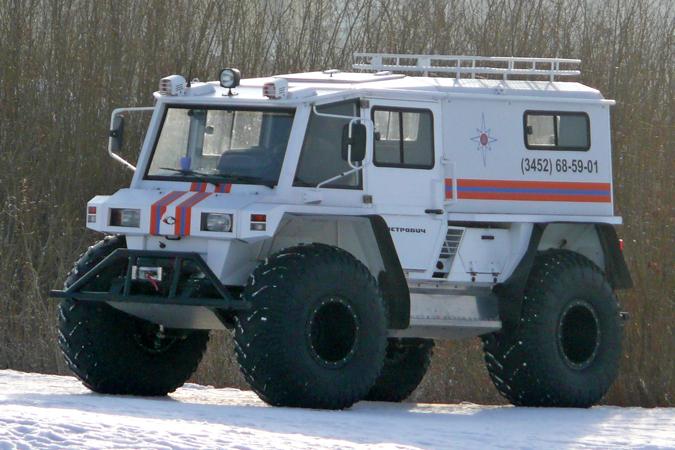 В морозы югорские спасатели помогают владельцам неисправного транспорта