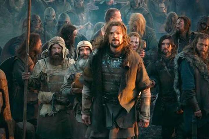 В обществе, судя по реакции на фильм «Викинг», существует запрос на «историческую правду» или «достоверность»