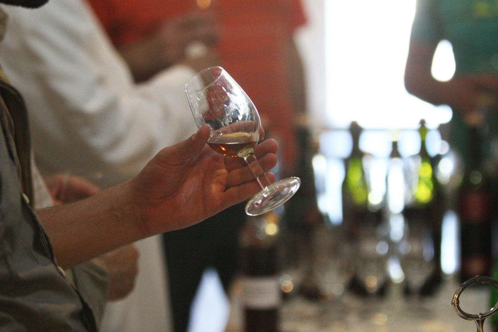 ВСеверной Осетии отыскали крупную партию контрафактного алкоголя
