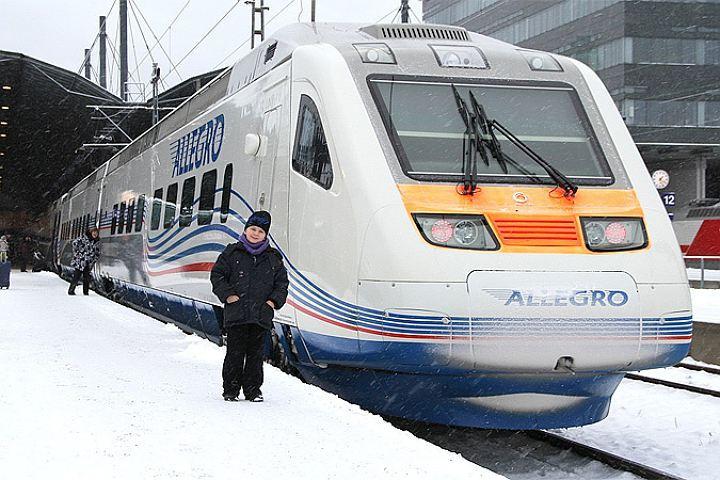 Высокоскоростной поезд «Аллегро» изХельсинки прибыл счасовым опозданием