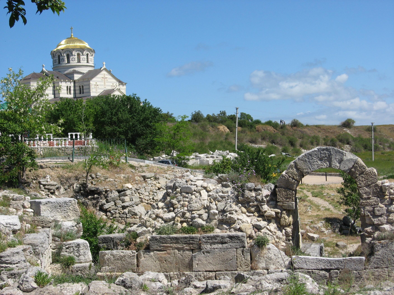 Симферопольская иКрымская епархия готовится получить «Херсонес»
