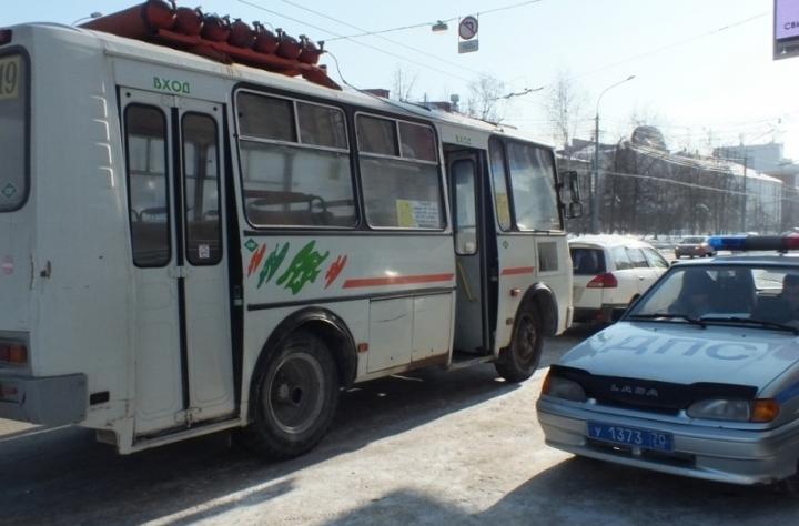 ВТомске полицейские остановили нетрезвого водителя маршрутки