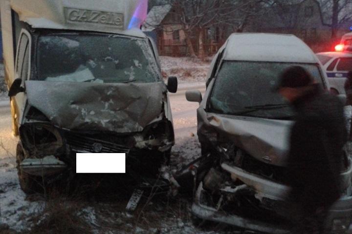 НаСтаврополье из-за ДТП пострадали 4 человека