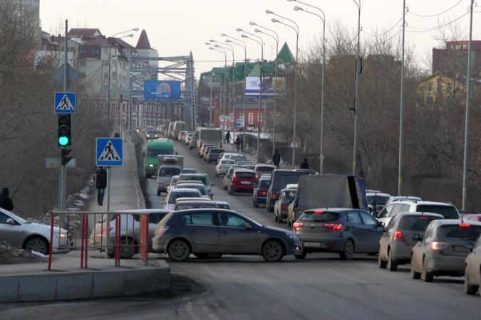 Тюменцам выдавали автомобильные номера иных регионов