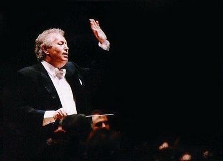 Новым дирижером симфонического ансамбля стал уроженец Новосибирска Томас Зандерлинг