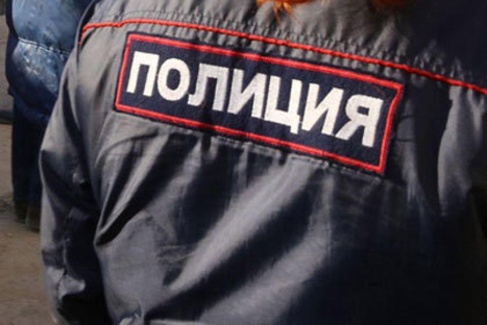 Рецидивист изСлавянки позвонил вполицию ипообещал «всех расстрелять»