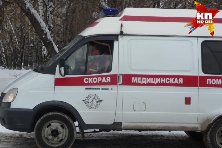 Маршрутка вПетербурге врезалась в остров безопасности, в клинике оказались шестеро