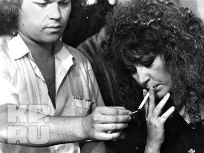 """Ее любимые армянские сигареты """"Примадонна"""". Фото прислано нашим читателем"""