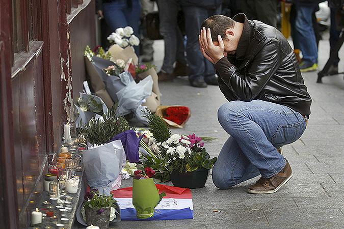 """""""Людей – всех невинных людей независимо от паспорта, цвета кожи, религиозной и конфессиональной принадлежности; всех погибших, раненых, их родных и близких – действительно жаль."""" Фото: REUTERS"""