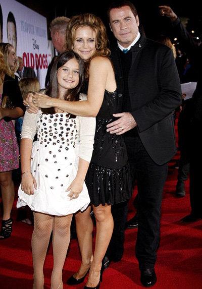 Джон Траволта и Келли Престон с дочерью Эллой Блу.