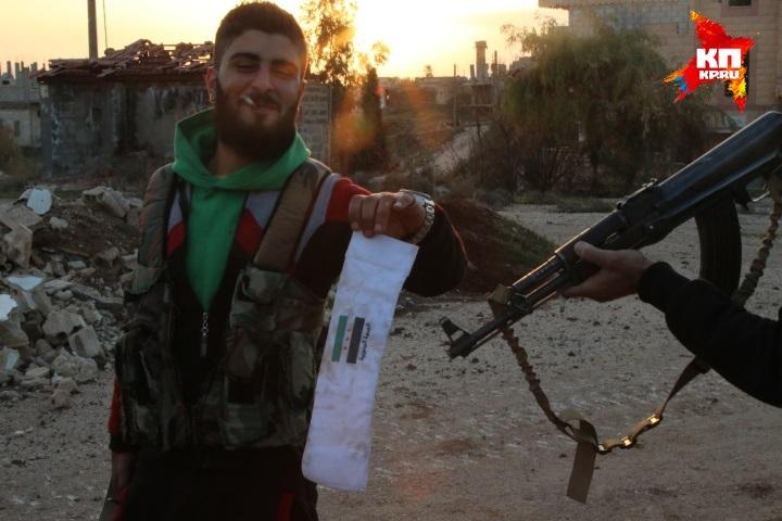Сирийская армия вывозит богатые трофеи, не часто такое случалось за пять лет войны. Фото: Александр КОЦ, Дмитрий СТЕШИН