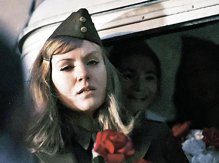 В фильме Анджея Вайды «Пейзаж после битвы» Герман сыграла эпизодическую роль американки, прилетевшей в Польшу в бывший концлагерь. В ленте Анна не произносит ни слова. Фото: Личный архив Ивана Ильичева