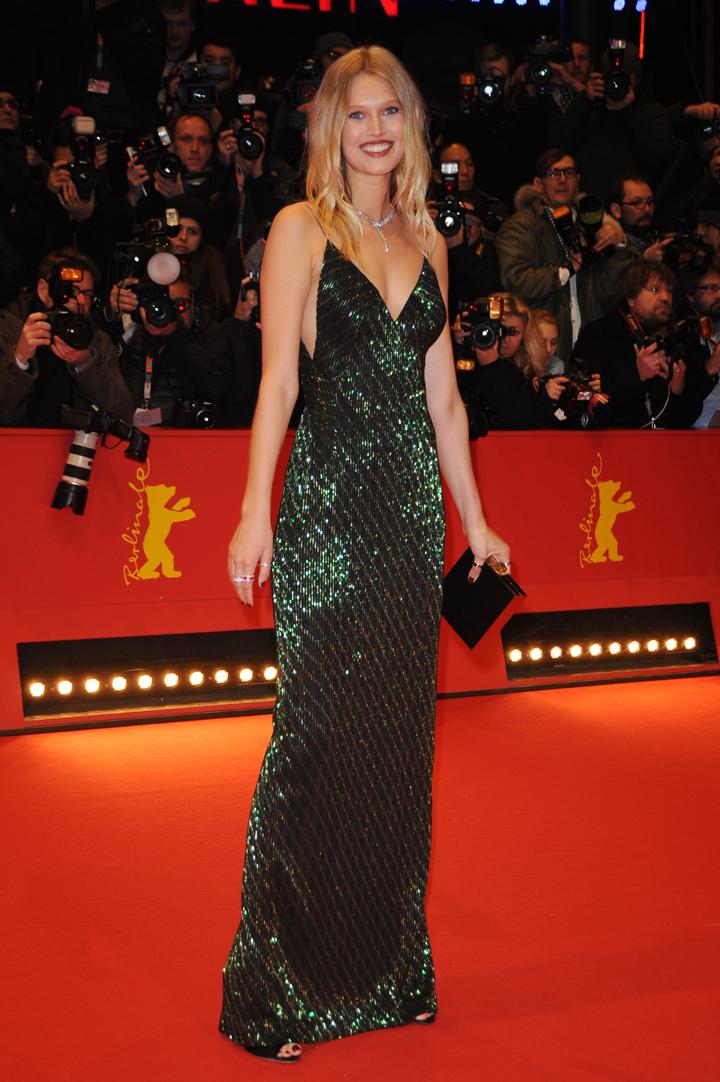 Экс-возлюбленная Ди Каприо, немецкая модель Тони Гаррн без Лео абсолютно не скучает. Фото: SPLASH NEWS