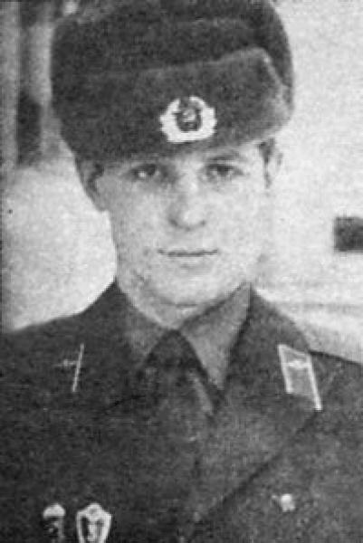 Дмитрий Козак служил в спецназе ГРУ Генштаба СССР.