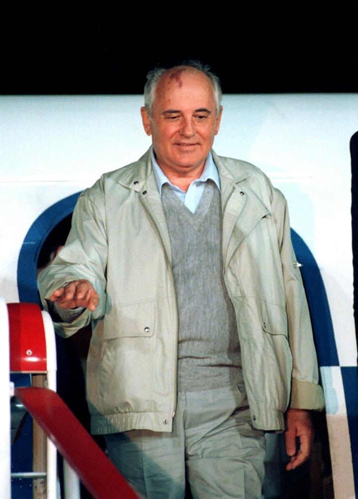 КГЧП августе 1991 года неуклюже попытался спасти страну