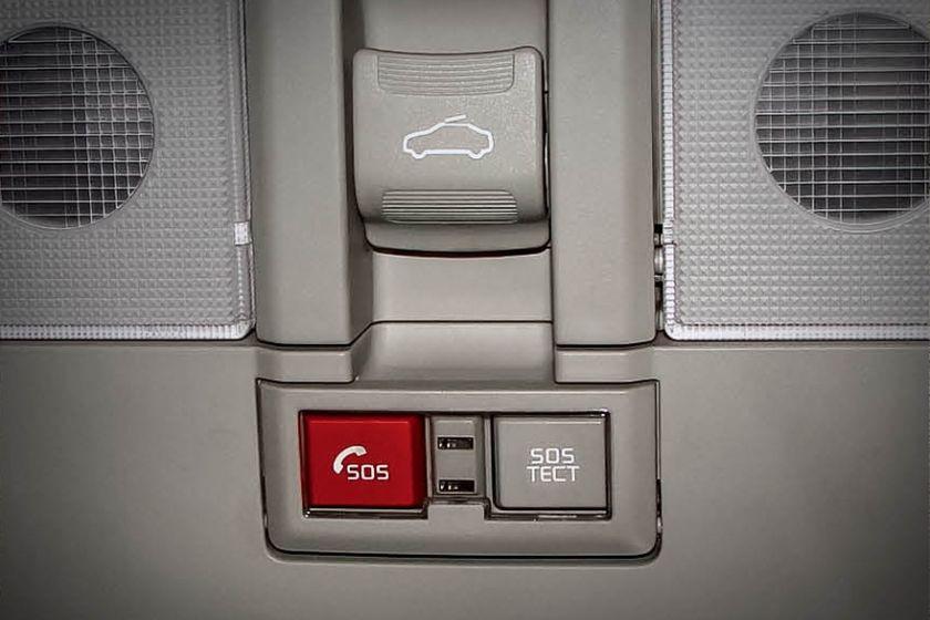 Скоро все новые автомобили, продающиеся в России, будут иметь на борту систему ЭРА-ГЛОНАСС