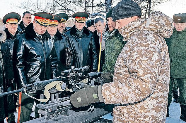 Министр обороны считает,что наша армия должна оснащаться лучшим оружием отечественного производства.