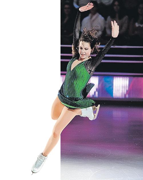 В преддверии Олимпийских игр в Сочи Ирина Слуцкая вновь выйдет на лед. Фото: Михаил ФРОЛОВ