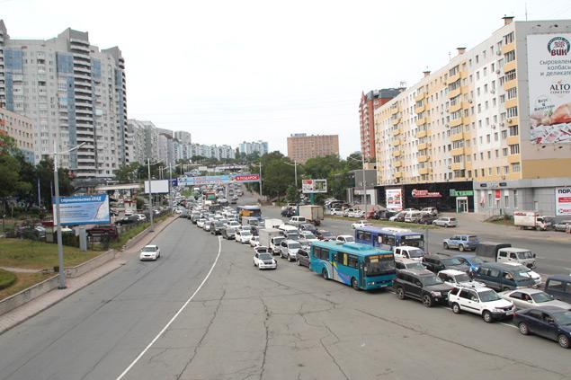 Пробки сковали многие районы города Фото: Сергей СТАНЧИК