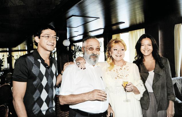 Редкий снимок: cемья великого путешественника в полном составе. Фото: семейный архив.