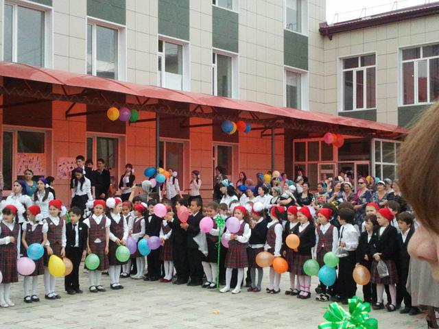 Школа №20 Грозного, где идет бой. Фото: сайта учебного заведения