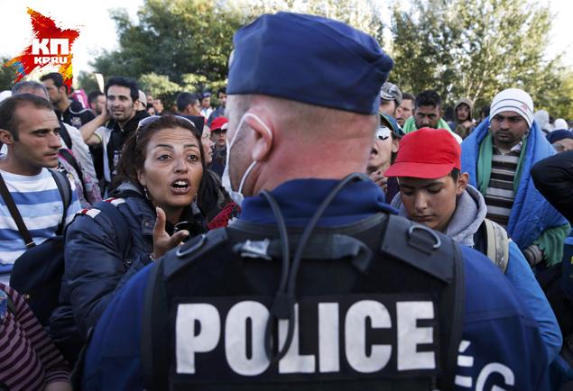 Не рванут ли эти толпы в Россию? Фото: REUTERS
