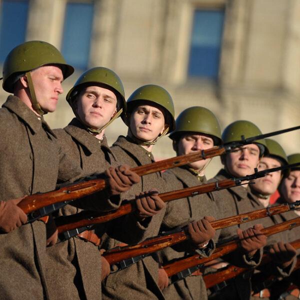 Как попасть на Парад Победы