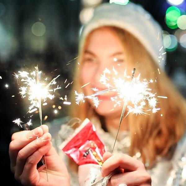 Как пройдет Новый год в Москве в период коронавируса: катание на коньках и отмена концертов