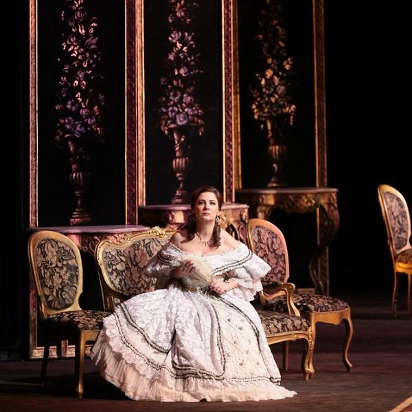 Опера «Травиата» в Михайловском театре
