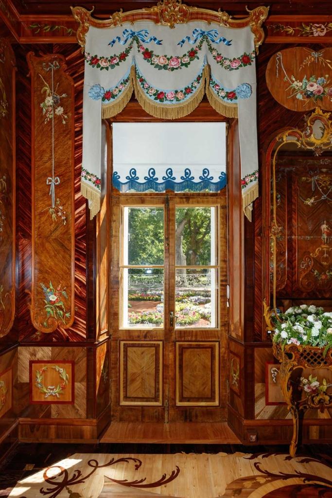 интерьер комнаты во дворце