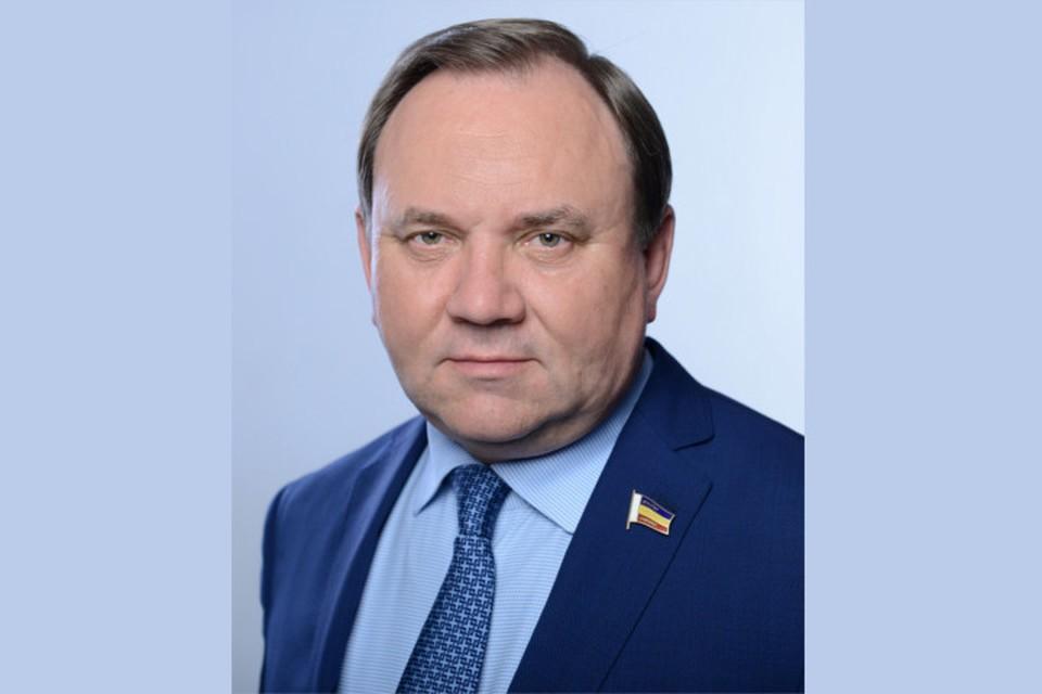 Депутат Госдумы Виктор Дерябкин. Фото: Сайт ЕР.