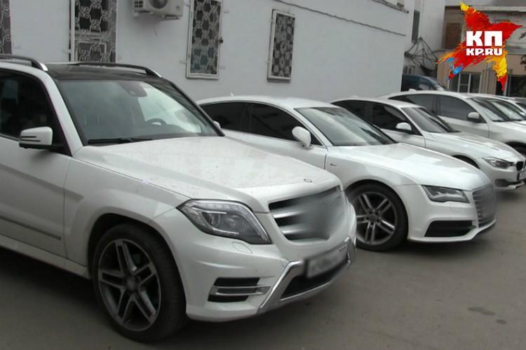 За четыре года аферисты использовали 86 машин.