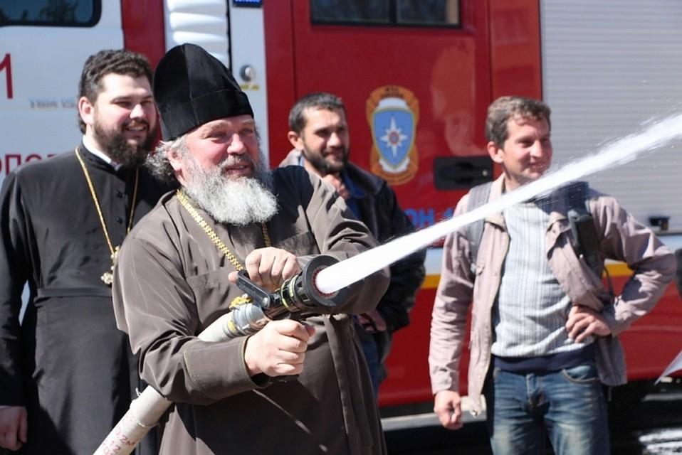 Пожар возле Кремля - горит 3 тысячи квадратных метров - Цензор.НЕТ 5659