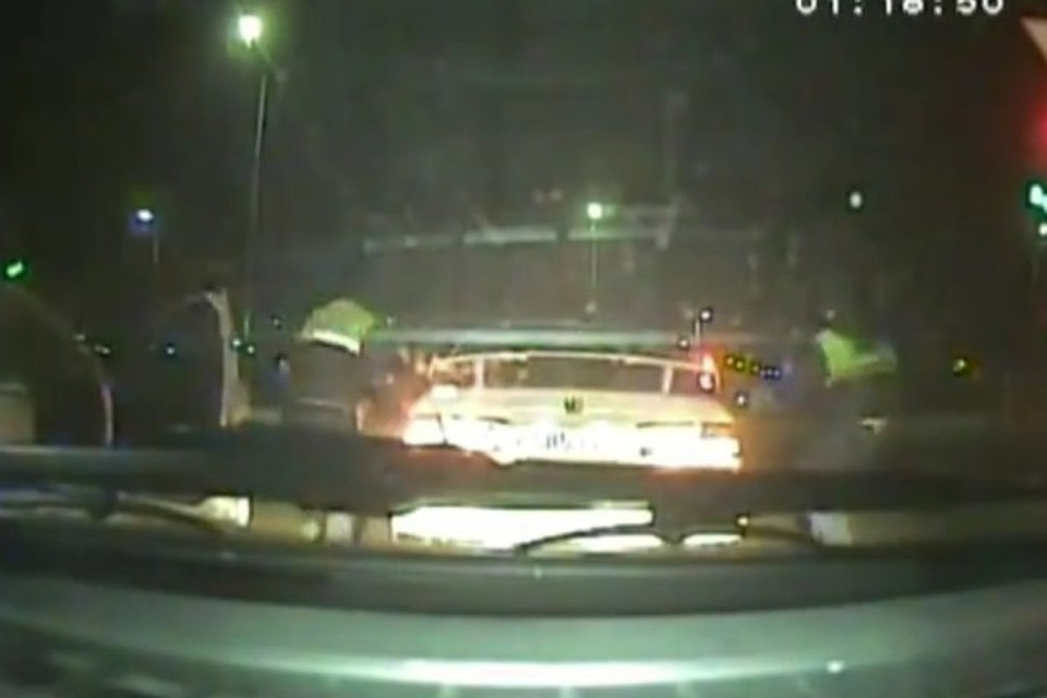 Пьяную нашли на улице онлайн видео фото 394-895