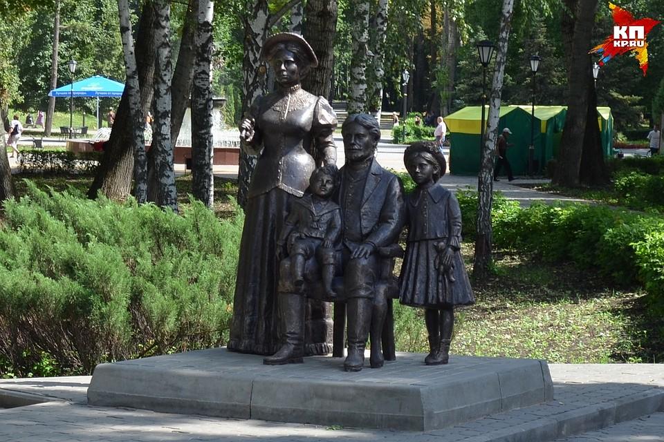 Памятник с ангелом Новослободская Мемориальный комплекс с барельефом в человеческий рост Кайеркан
