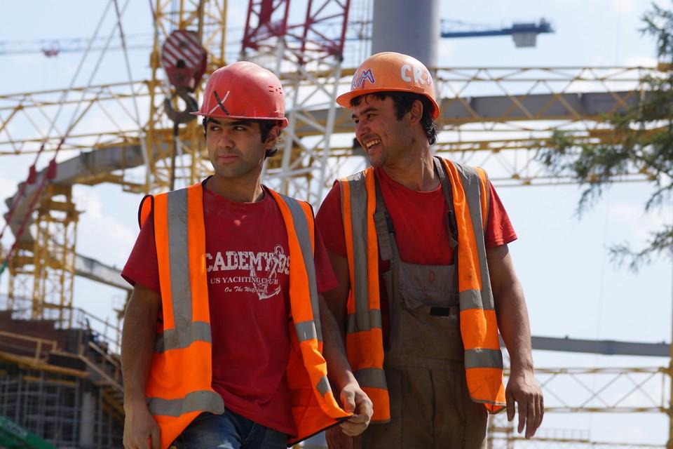 Соблюдение правил техники безопасности - залог здоровья и защита от трудовых травм.