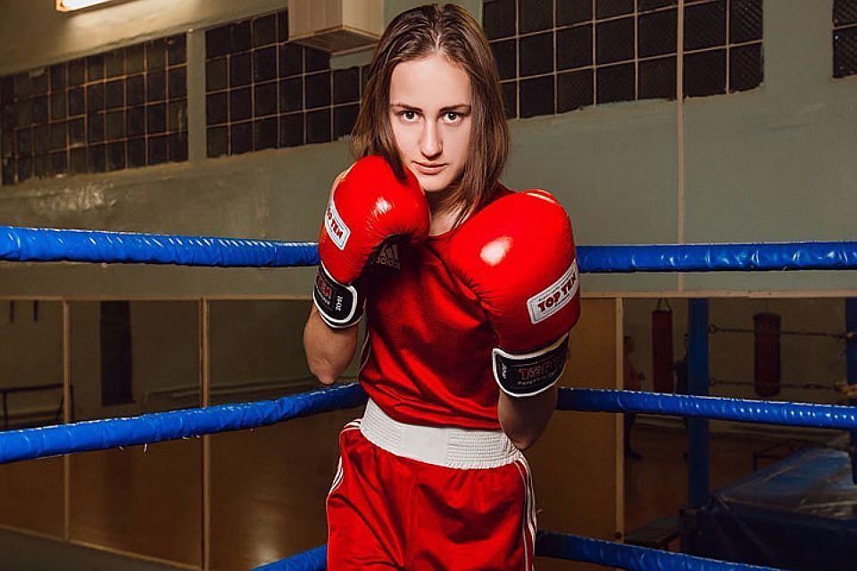 Русские спортсменки ыйхныийэ безобразной одежда фото 668-976