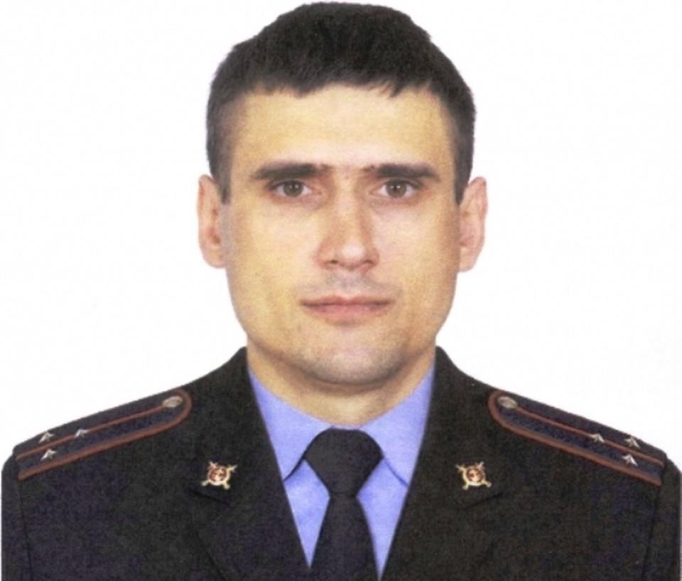 Участковый Вячеслав Зиновьев.