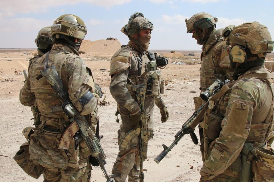 На данный момент в районе Дейр-эз-Зора выполняют боевые задачи российские военные