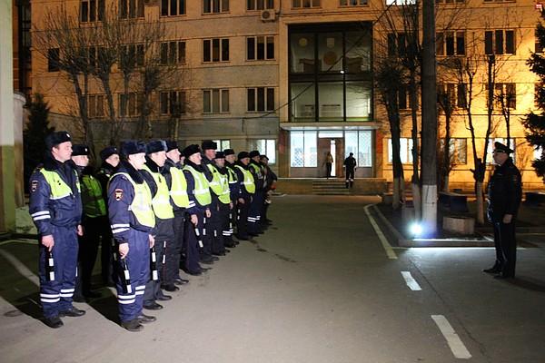 Ночные бабочки на ночь Радищева пер. девушки по вызову Лени Голикова