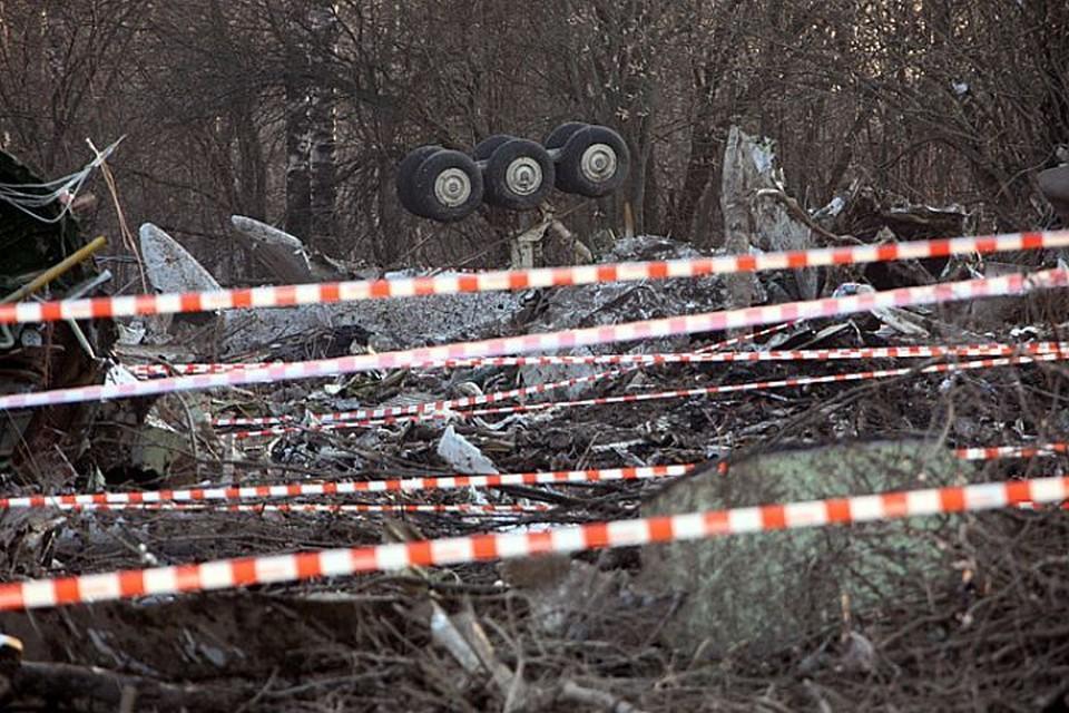 Польская комиссия объявила, что якобы обнаружила момент взрыва в записи бортового самописца Ту-154.